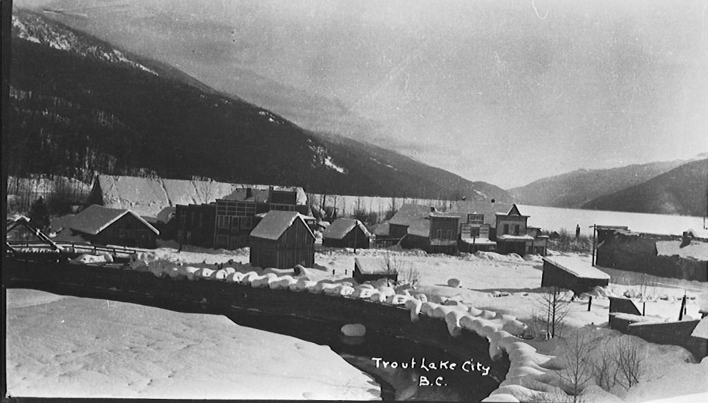1904 Town Pic
